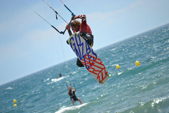 Curso Avanzado de kitesurf en Estepona-Costa del Sol